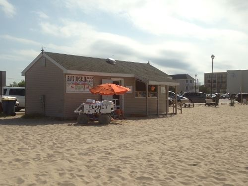 Rent Beach Chairs and Umbrellas at the Snack Shack on Beach 1
